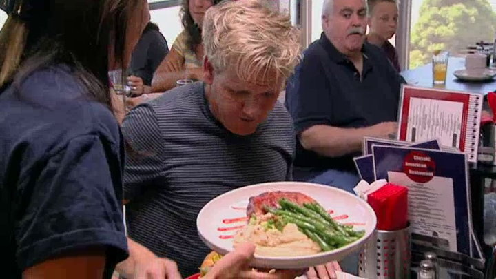 Watch kitchen nightmares episodes season 4 for Kitchen nightmares burger kitchen