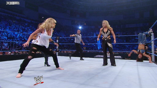 Mickie James Vs. Beth Phoenix