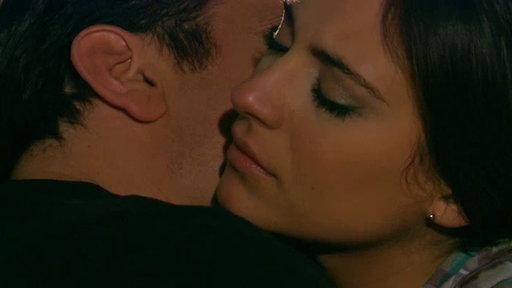 Noche Apasionada Entre Rogelio Y Paula