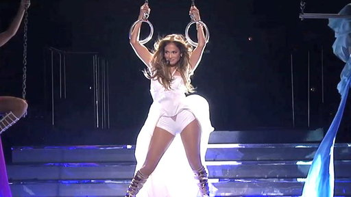 "Jennifer Lopez and Pitbull Perform ""Live It up"""