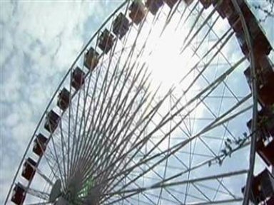 Man Attempts Record for Longest Ferris Wheel Ride
