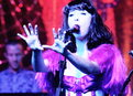 Last Call with Carson Daly: Kimbra: Cameo Lover