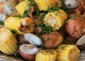 Howdini Food: How to Make a Clam Boil