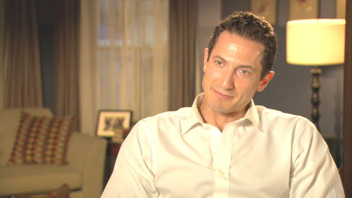 Sasha Roiz Talks Season 3