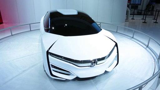 Honda FCEV Concept Unveiled: 2013 Los Angeles Auto Show