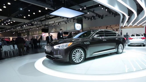 2015 Kia K900 Unveiled: 2013 Los Angeles Auto Show