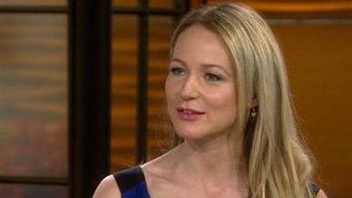 Jewel: It's Tough to Tour With a 2-year-old