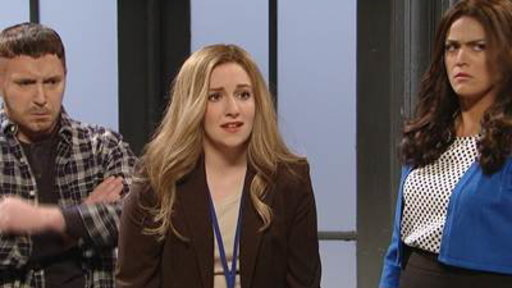 'Girls' Star Lena Dunham Debuts As 'SNL' Host
