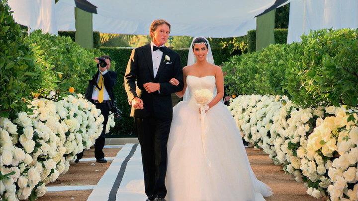 Season 6 Episode 15 Kim S Fairytale Wedding A Kardashian Event Part 2
