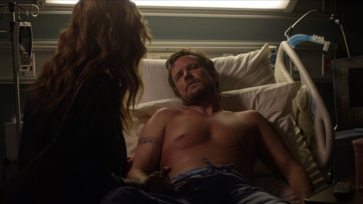 Rayna Goes to Luke in the Hospital