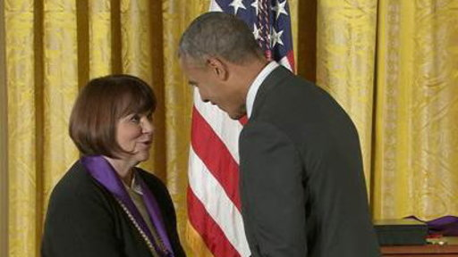 Obama Reveals Boyhood Crush On Linda Ronstadt