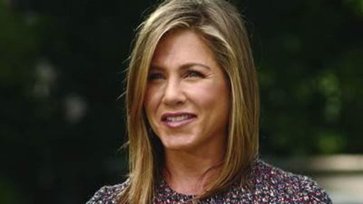 Jennifer Aniston: Pressure for Me to Be a Mom Is Unfair
