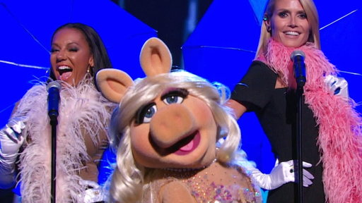 Miss Piggy, Mel B. and Heidi Klum's Dreamy Performance