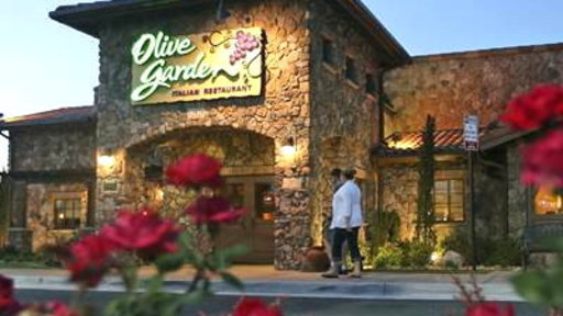 Investor to Olive Garden: Stop Unlimited Breadsticks