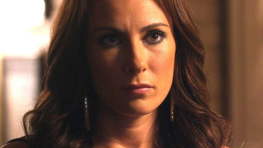Rayna Wants Sadie Stone to Sign With Her