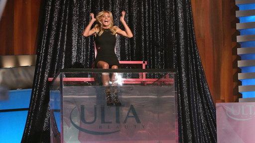 Heidi Klum Gets Dunked!