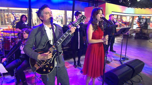 She & Him Perform 'Oh No, Not My Baby'
