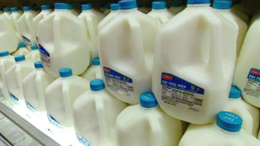 Stores Alerting Consumers: We're Out of Organic Milk