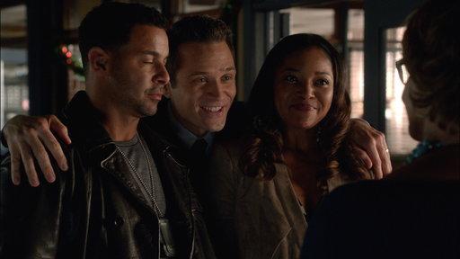 Ryan Saves Javi and Lanie's Awkward